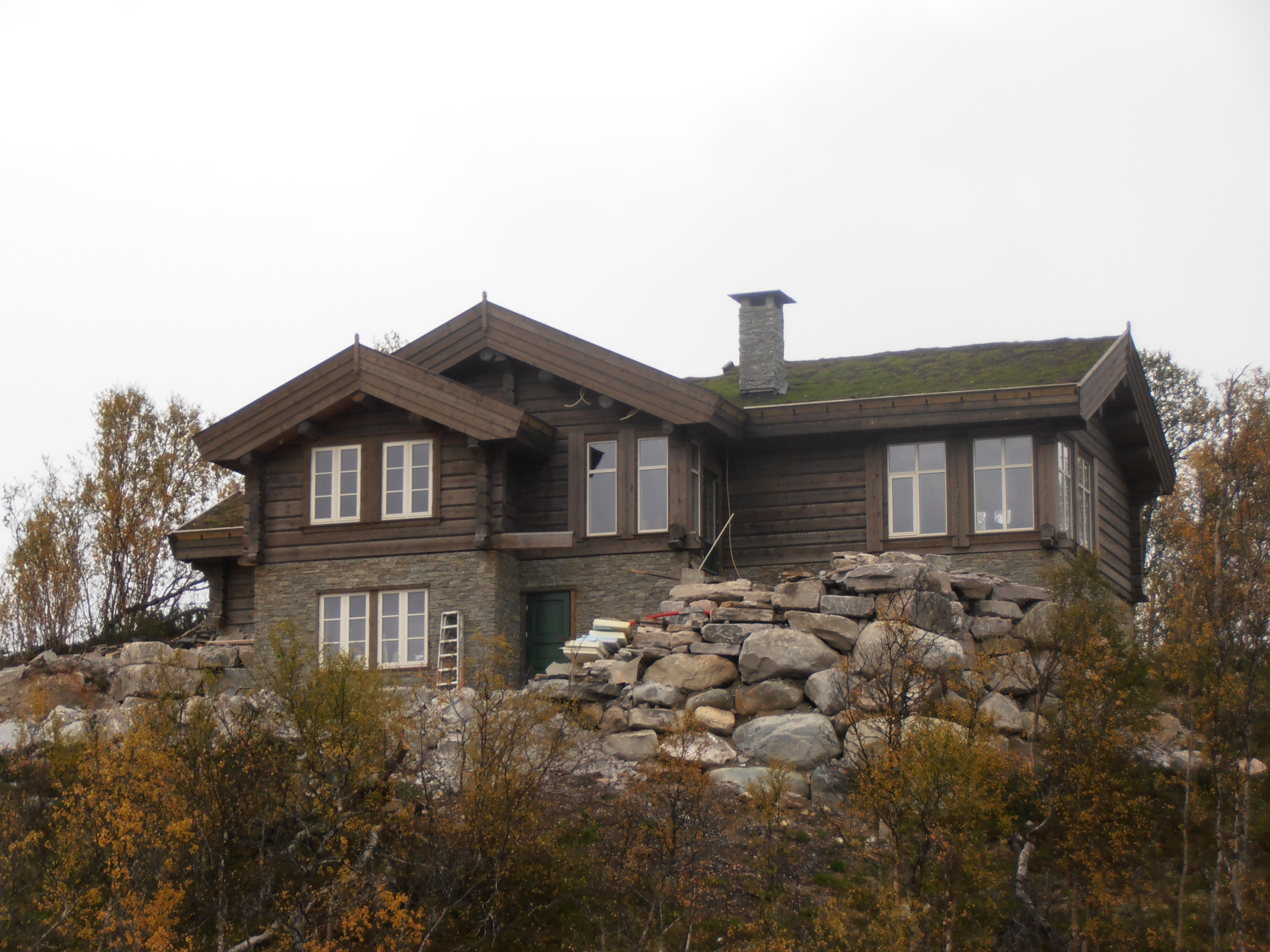Living house hovden 5 hovden norway baltic wood houses for Norway wooden houses